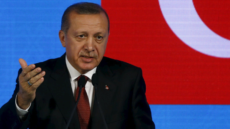 """Derribo del Su-24: """"Turquía es una amenaza para los intereses y valores de Occidente"""""""