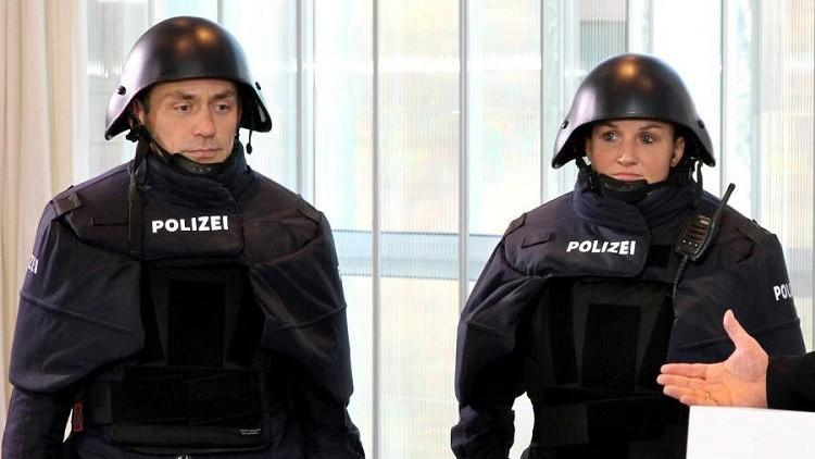 ¿Sartenes antibalas? Nuevo equipo de la Policía alemana desata la polémica en la Red