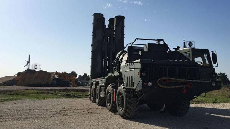 La respuesta rusa: los objetivos del sistema antiaéreo S-400 en Siria