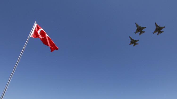 """Atenas: """"Turquía ya no se atreve a violar el espacio aéreo griego"""""""