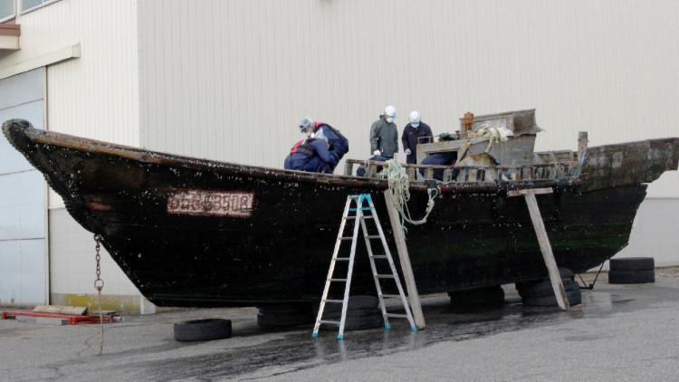 La flota fantasma: hallan en Japón varias embarcaciones con más de una decena de cadáveres