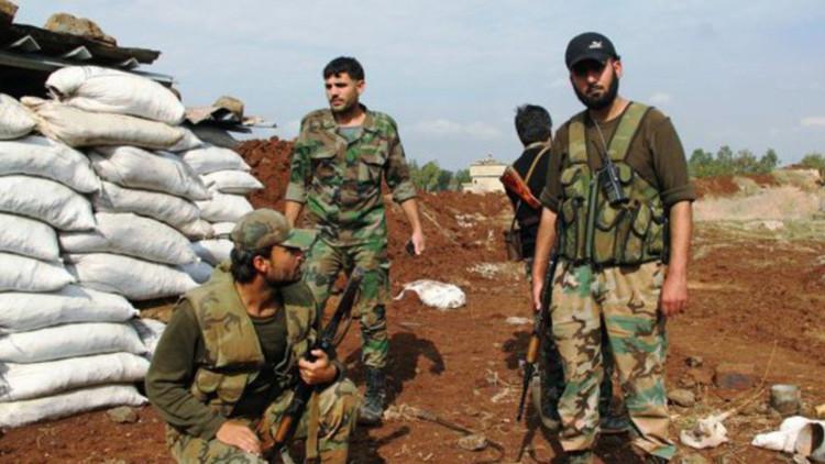 """General sirio: """"Turquía intensifica el envío de armas al EI a cambio de petróleo y antigüedades"""""""