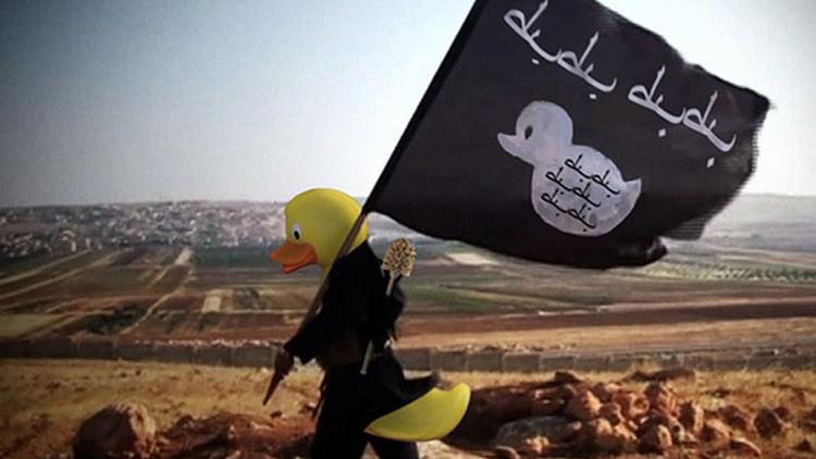 ¿Patos terroristas?: las cabezas de los miembros del EI son reemplazadas por patos de goma