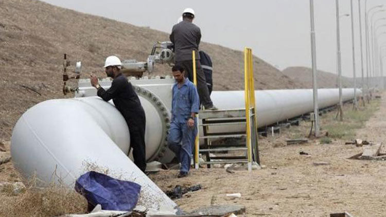 Descubren por qué EE.UU. no bombardeó los pozos de petróleo del EI