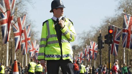 Un oficial de Policía patrulla las calles de Londres, el 20 de abril de 2013