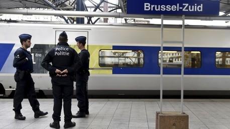 Una patrulla policial en una estación de trenes en Bélgica