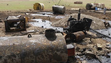 Una refinería destruida en la ciudad siria de Tel Abyad