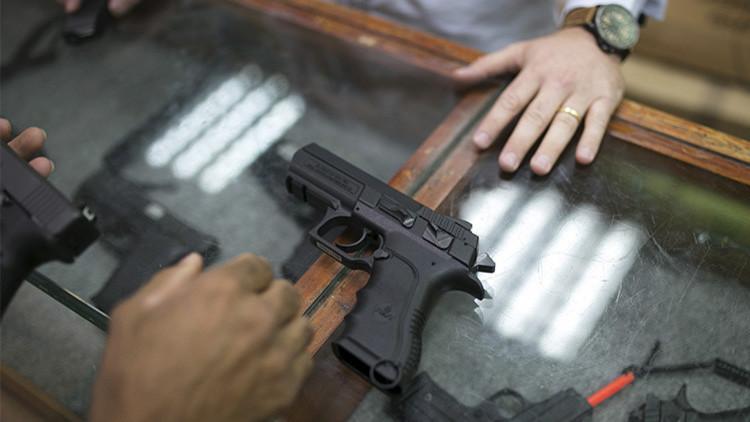 El FBI realiza un número record de revisiones de antecedentes a compradores de armas