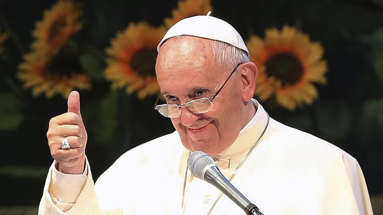 Fotos: El papa Francisco en modo 'rapero' es furor en las redes sociales