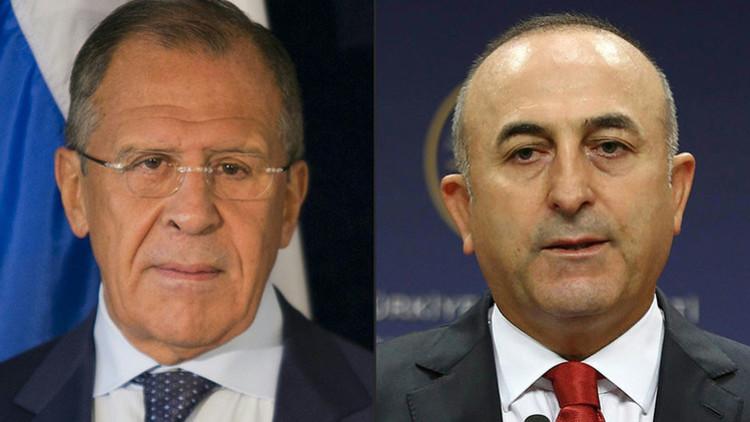 ¿En busca de una solución? Los cancilleres de Rusia y Turquía se reúnen en plena crisis diplomática