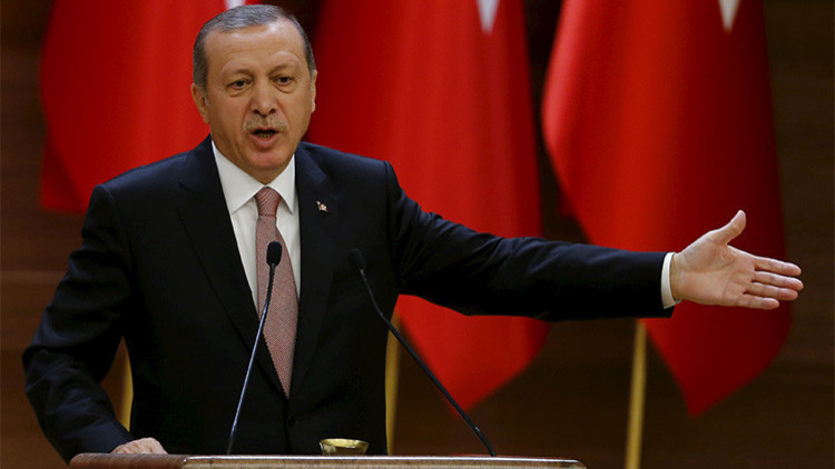 Lavrov sobre Erdogan: El ladrón juzga por su condición