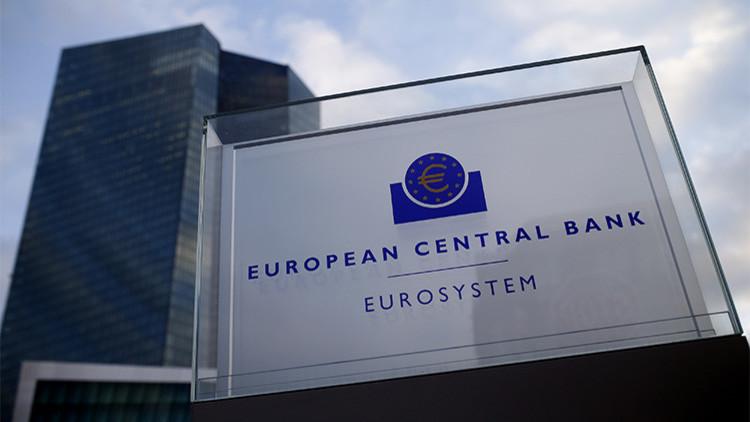 Un tuit erróneo de 'Financial Times' hace tambalearse los mercados mundiales