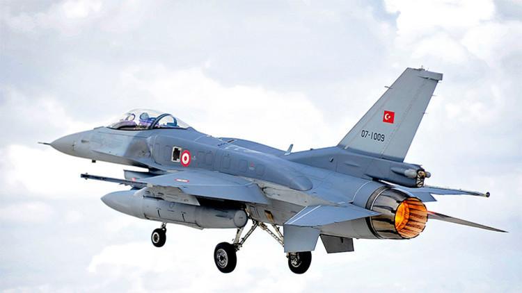 F-16S  Fighting Falcon de la Fuerza Aéera turca