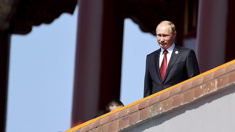 El presidente de Rusia, Vladímir Putin, en la Puerta de Tiananmén, China