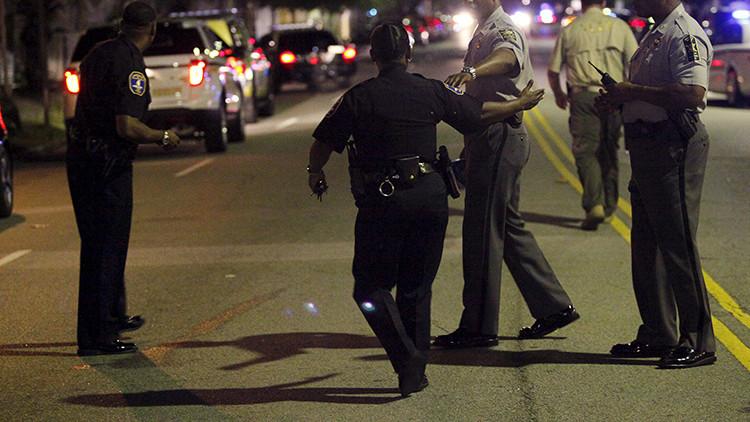 EE.UU.: Matan a tiros a 3 personas en Carolina del Norte