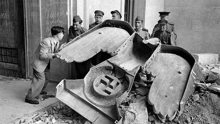 Inéditas imágenes de un siniestro búnker de Hitler en Francia