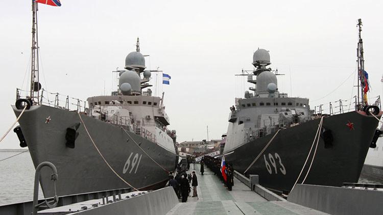 Más de 50 barcos rusos de la Flotilla del Caspio se preparan para la batalla