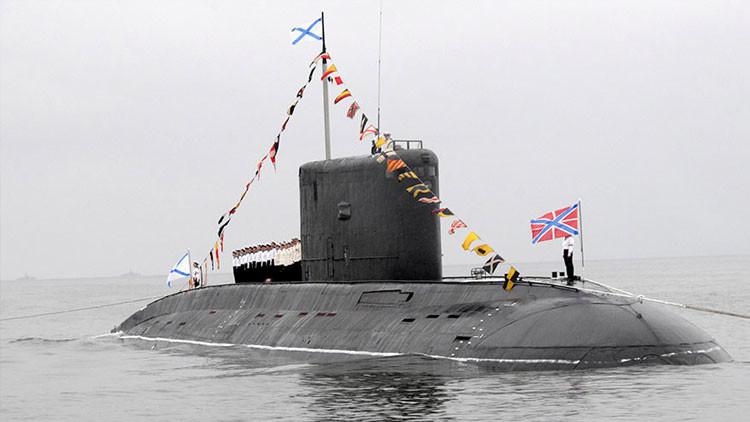 Submarino ruso equipado con misiles de crucero se acerca a la costa de Siria