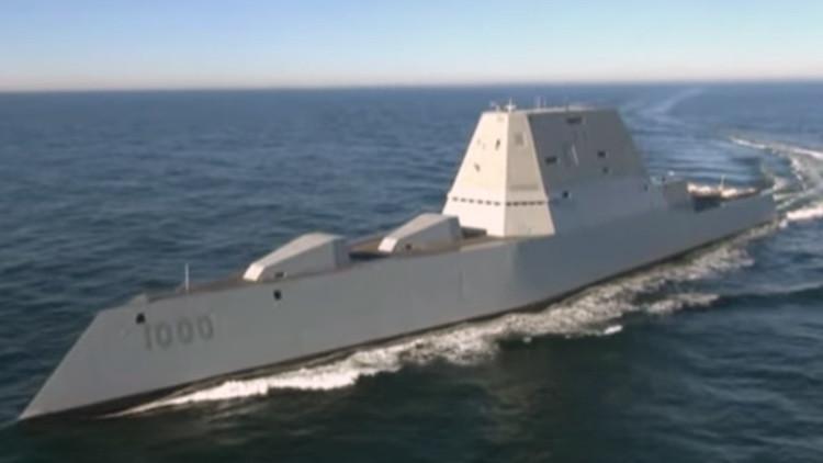 Video: Así navega el destructor más grande jamás construido por EE.UU.