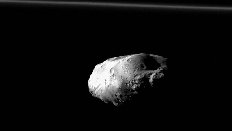Prometeo, la luna de Saturno, como nunca la habían visto