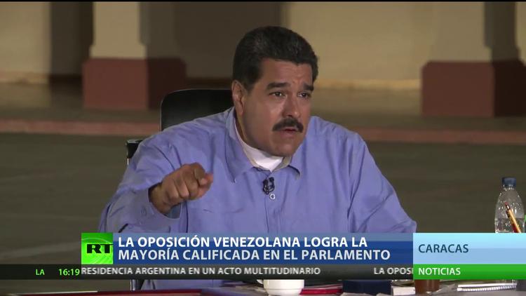 Venezuela: Nicolás Maduro solicitó la renuncia de los integrantes del Consejo de Ministros