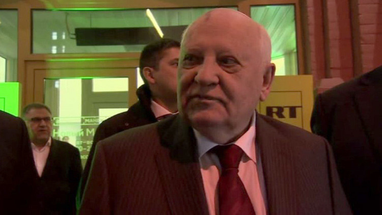 """Gorbachov felicita a RT en su décimo aniversario: """"¡Soy uno de sus mayores seguidores!"""""""