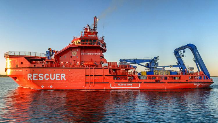 Video: La Armada rusa bota el Murman, un rompehielos multifuncional sin análogos