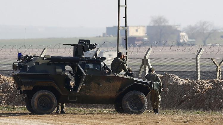 Tropas turcas se retiran de una base militar en el norte de Irak