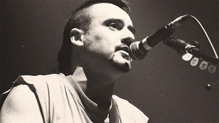 Se viraliza una carta del cantante de Ska-P contra los recortes sociales en España