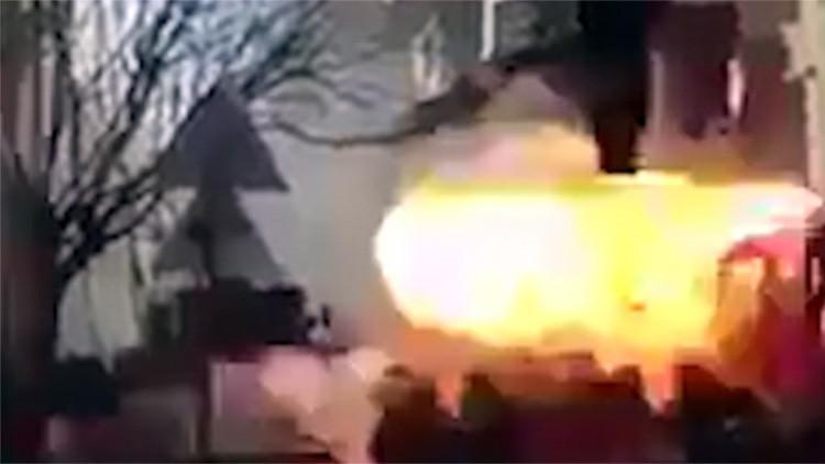Video estremecedor: Un terrorista se inmola en medio de la multitud en Siria