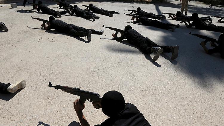 EE.UU. compra a la mafia búlgara armas para los rebeldes sirios