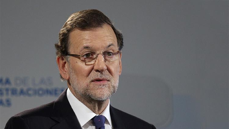 """""""Escúpele en las cuencas"""": Revelan mensajes de WhatsApp recibidos por el joven que agredió a Rajoy"""