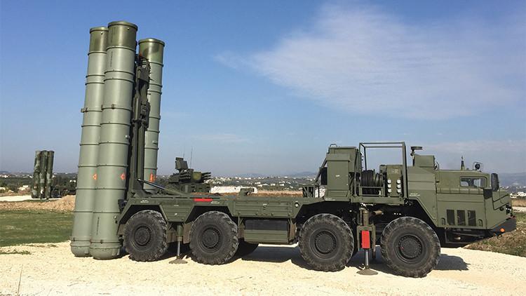 Complejo ruso S-400 en la base aérea Jmeimim, Siria, el 26 noviembre 2015
