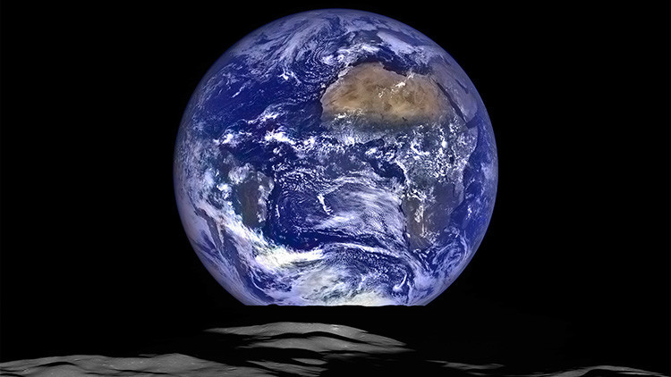 """""""Simplemente impresionante"""": La NASA obtiene una deslumbrante foto de la Tierra desde la Luna"""
