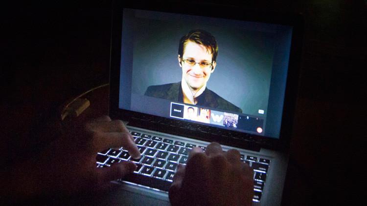 El excontratista de la NSA, Edward Snowden