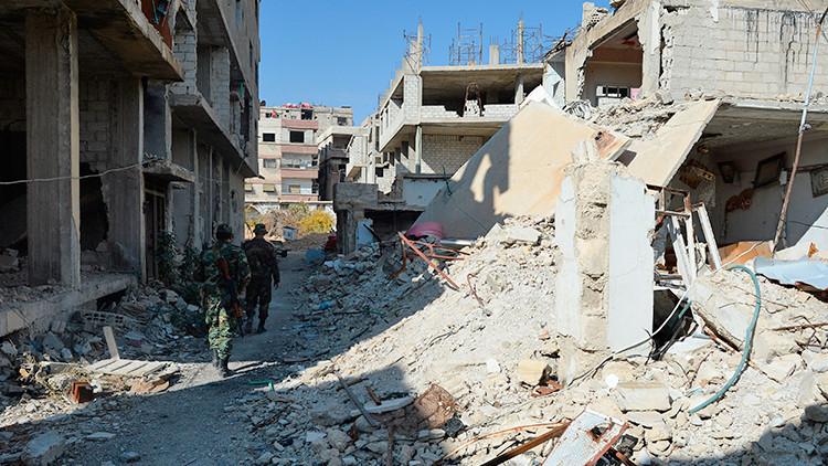 Terroristas explotan con un misil un autobús militar en Damasco
