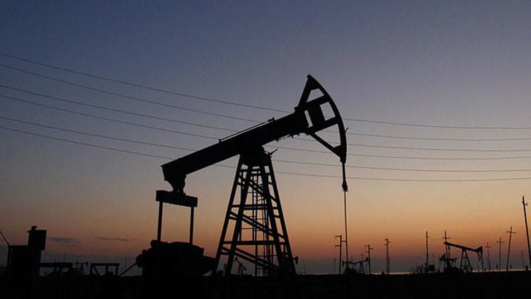 Especuladores llevarán a la OPEP a vender el barril de crudo más barato que el Estado Islámico