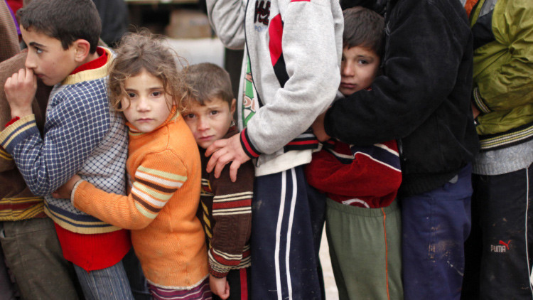 Niños refugiados sirios dibujan para vencer los horrores de la guerra