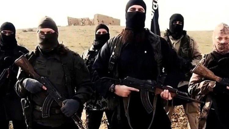El Estado Islámico autoriza extraer órganos y sangre a sus rehenes 'infieles'