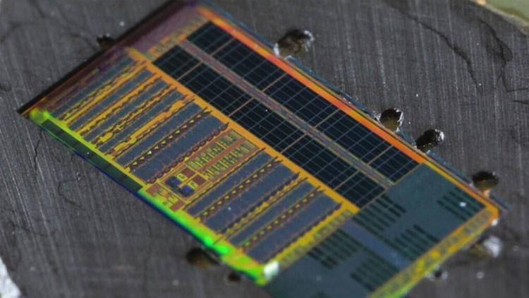La informática del futuro a la vuelta de la esquina: Logran transmitir datos a través de la luz