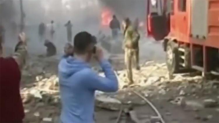 Fuertes imágenes: Al menos 30 muertos tras un triple ataque terrorista en Homs