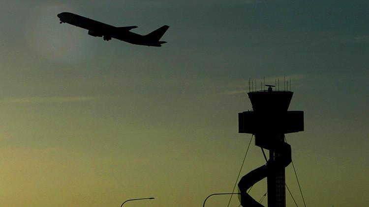 Mala noticia para los aerófobos: los aviones comerciales viajarán sin copilotos