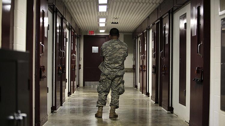 Informe: El Pentágono impide el plan de cerrar la prisión de Guantánamo