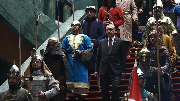 """""""Erdogan desea revivir la herencia colonial del Imperio otomano"""""""