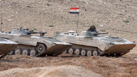 Vehículos de combate de infantería del Ejército sirio cerca de la ciudad de Palmira.