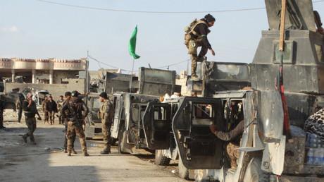 Las tropas de Irak toman la sede del gobierno de Ramadi