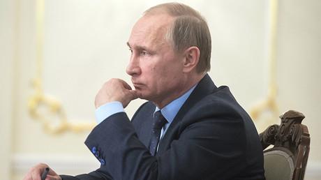 El presidente ruso, Vladímir Putin, ha firmado un decreto sobre la aplicación de medidas económicas especiales contra Turquía