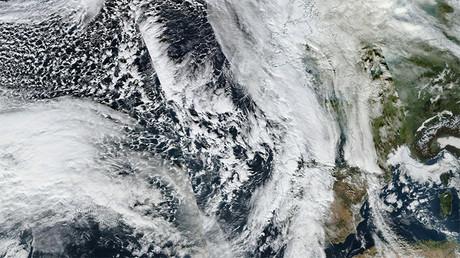"""Un bloguero especializado en clima y medio ambiente ha tachado la anomalía meteorológica de algo """"tan raro como presenciar la congelación del infierno"""""""