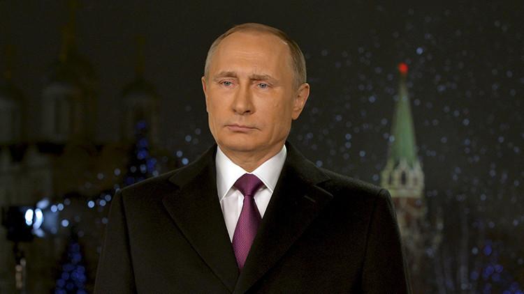 Vladímir Putin felicita al pueblo ruso con motivo del Año Nuevo 2016
