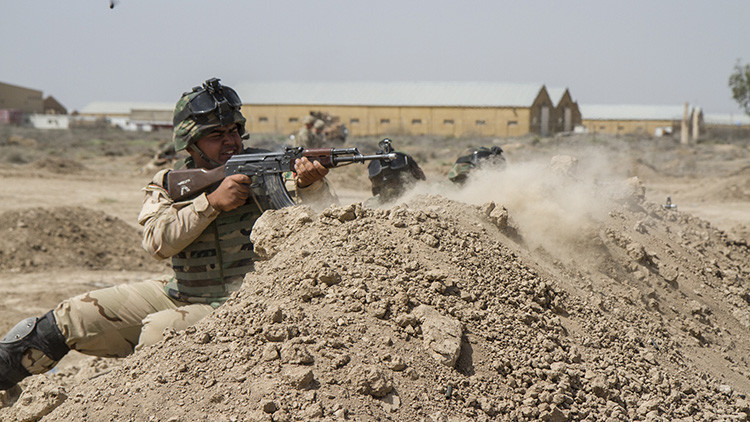 Al menos 15 muertos tras ataques del Estado Islámico a una exbase militar de EE.UU. en Irak